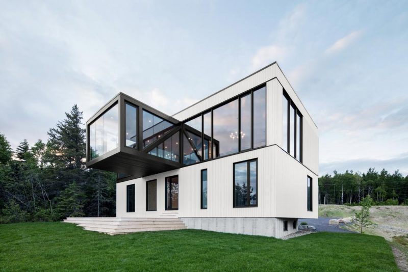 An amazing modern chalet with 360 degree views in quebec - Chalet architectuur ...