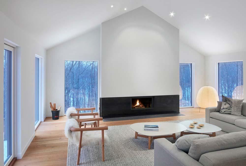 modern chalet design fireplace - Alta Chalet