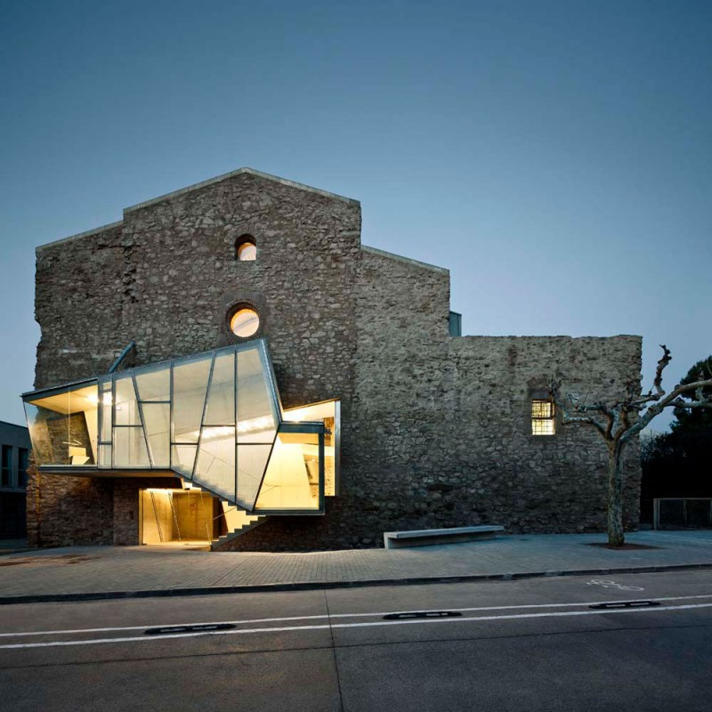 modern-church-conversion-dc1
