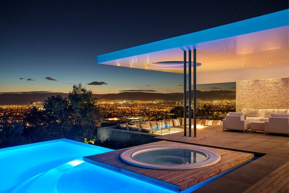 Modern Family Home With Magnificent City Views In South Africa