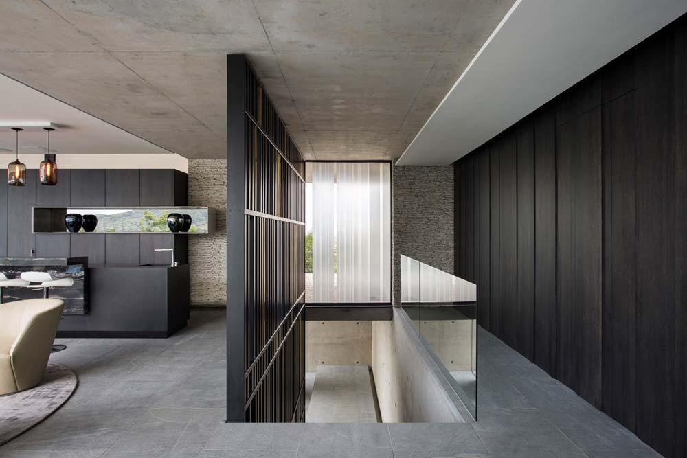 Modern City Villa Entry Design