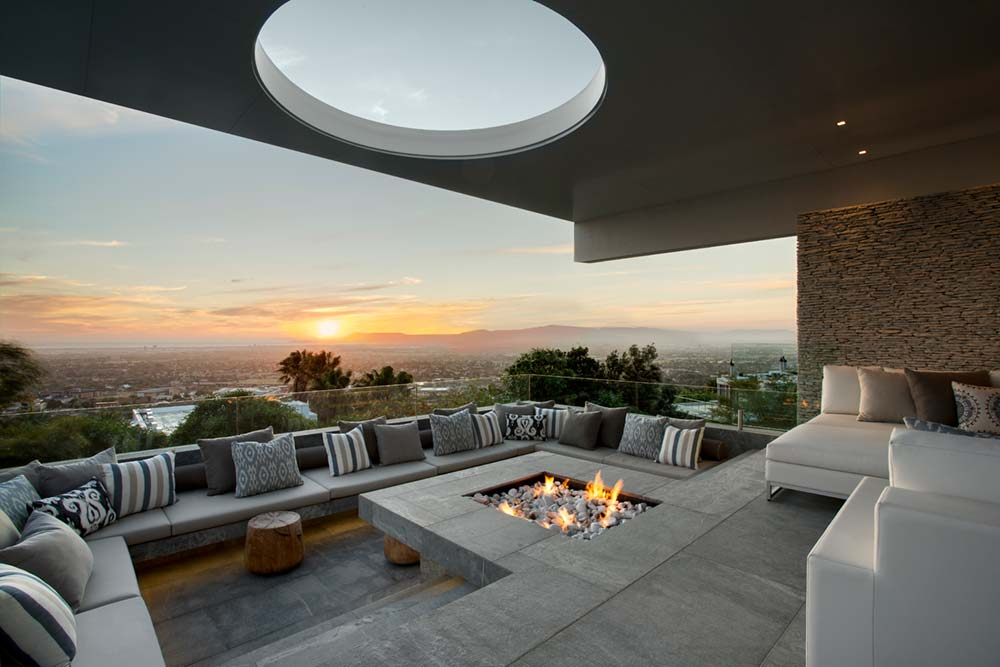 Large Outdoor Sunken Fireplace Entertaining Area