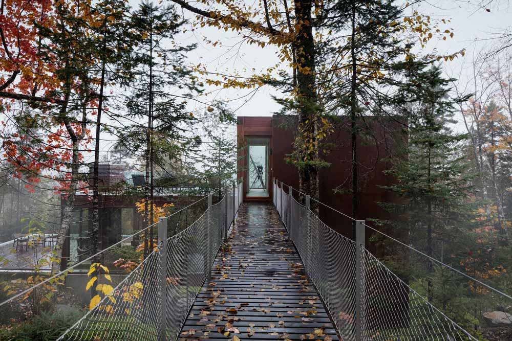 modern cliff house bridge design yh2 - Hanging from a Cliff Residence