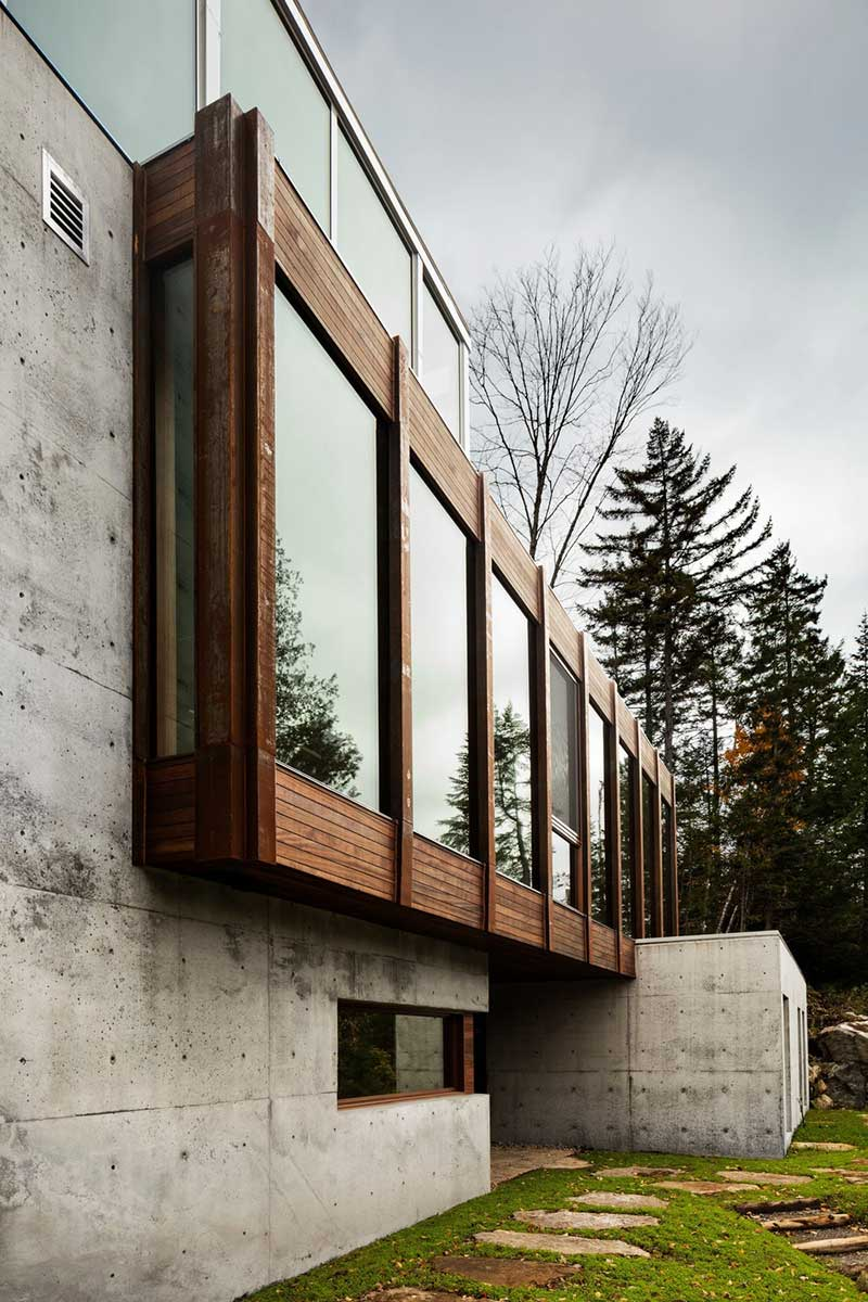 modern cliff house exterior design yh2 - Hanging from a Cliff Residence
