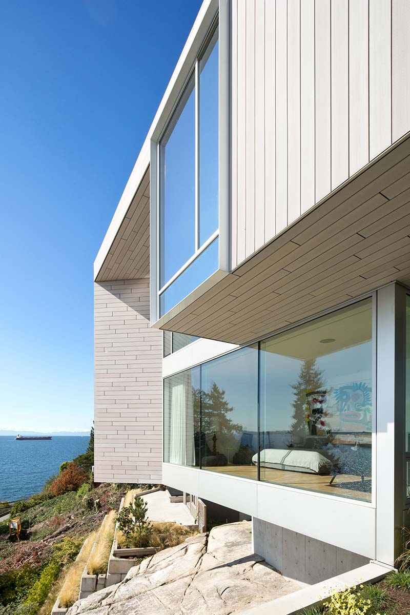 modern coastal home design view mb - Sunset House