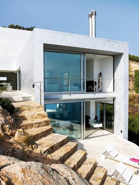 modern-coastal-home-vnh