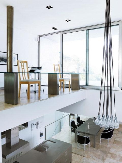 modern-coastal-home-vnh5