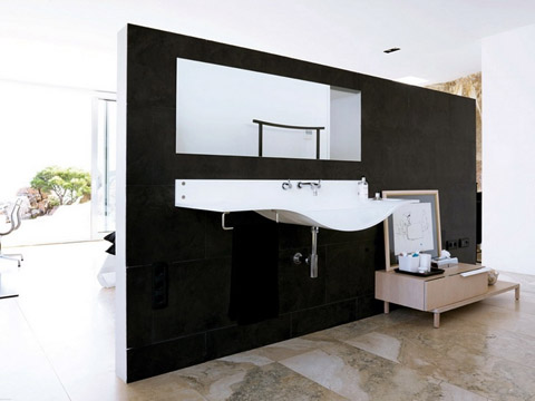 modern-coastal-home-vnh8