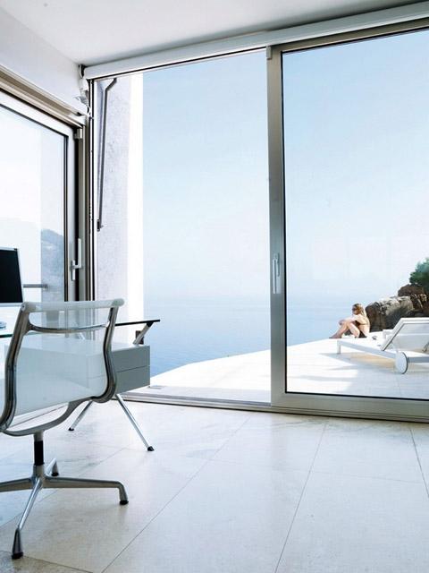 modern-coastal-home-vnh9