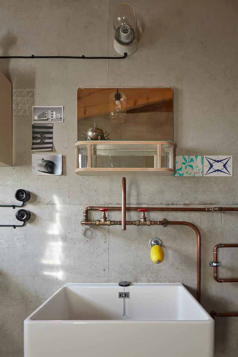 modern country house sink design ma - House Behind a Wall