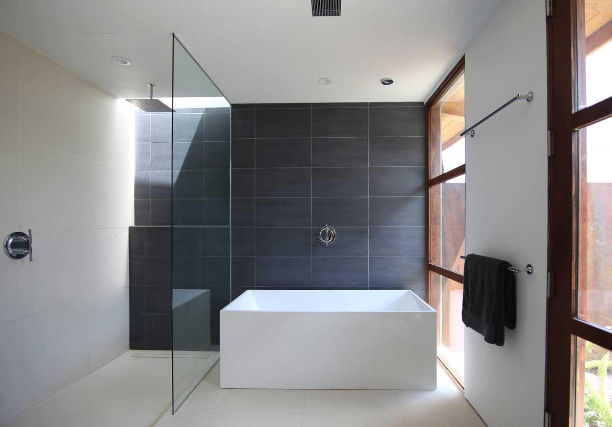 modern desert house bathroom hmh - Chino Canyon House