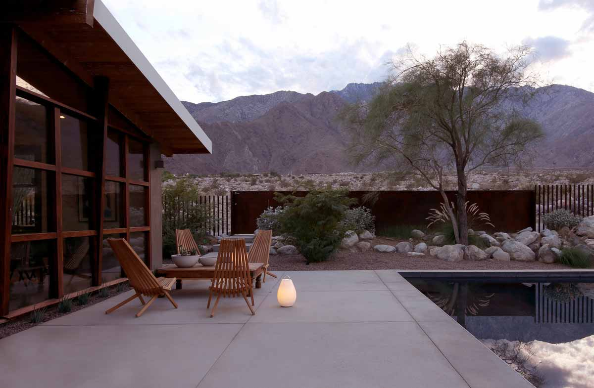 modern desert house garden hmh - Chino Canyon House