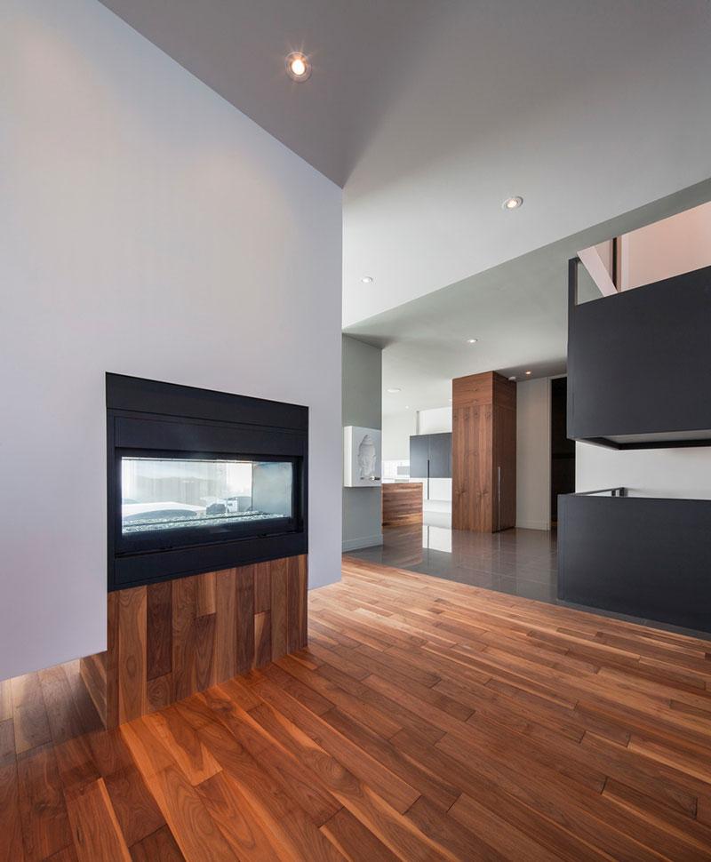 modern-family-home-am7