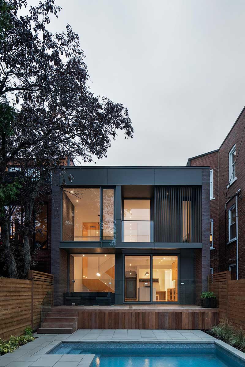 modern family home design exterior nh - Des Érables residence