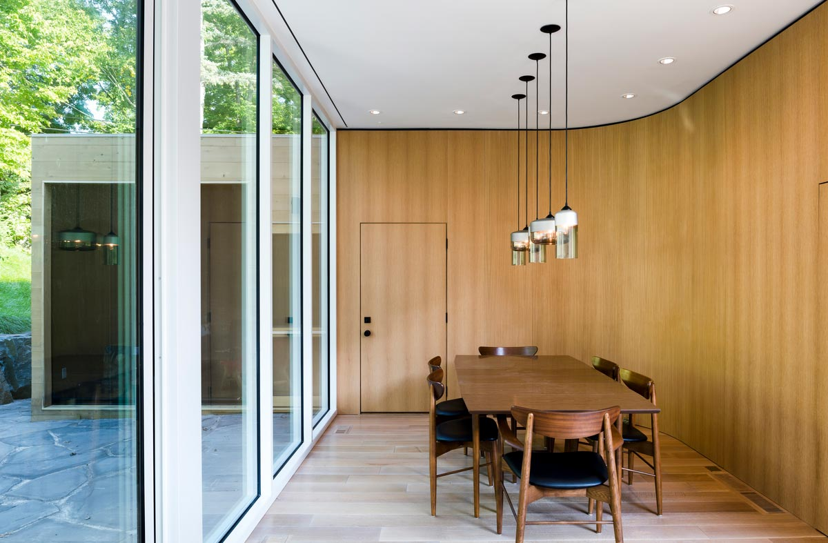 modern family home dining design - Stack House