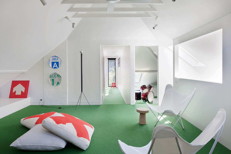 modern-family-home-elwd15
