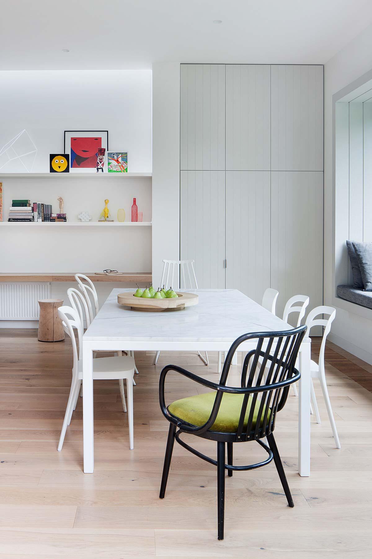 modern-family-home-elwd4