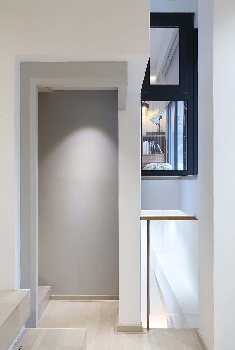 modern family home hallway design - A Home Without Boundaries