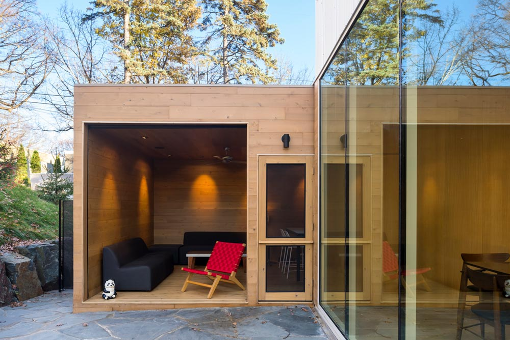 modern family home porch design - Stack House