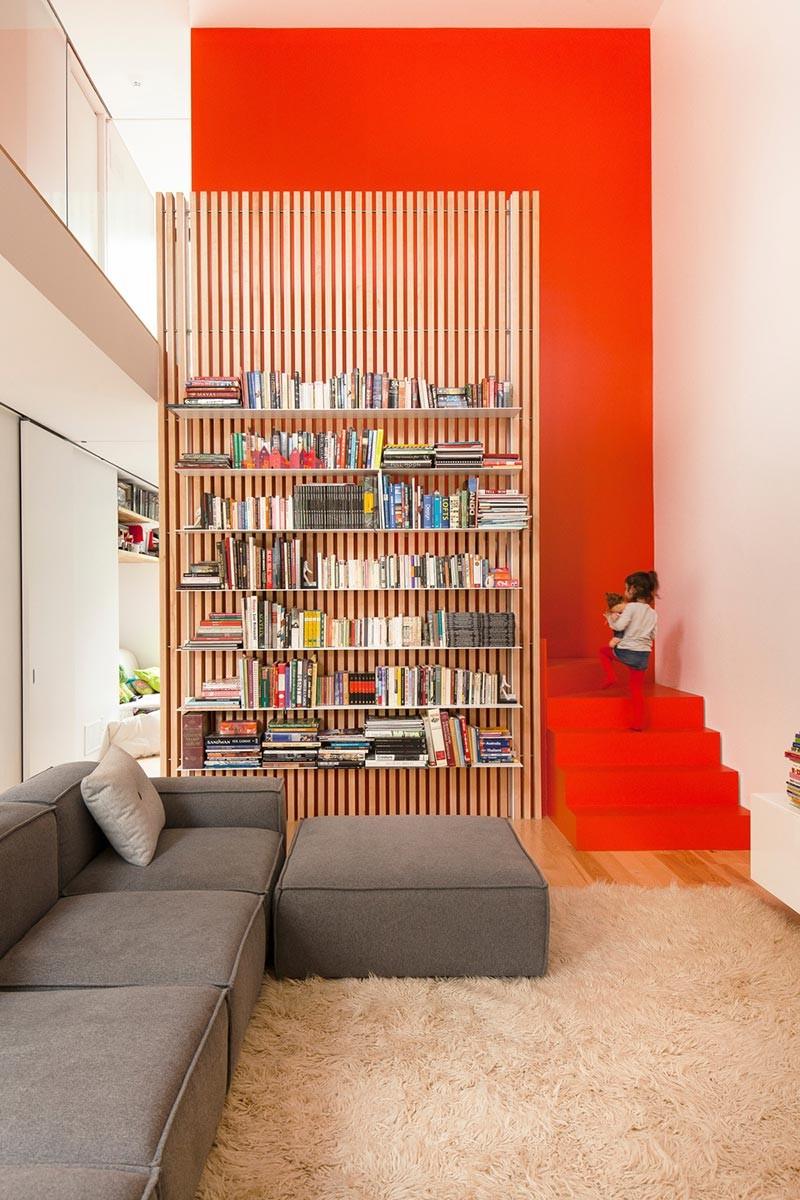 modern family home shed 800x1200 - Maison De Gaspe