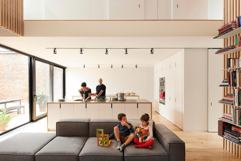modern-family-home-shed2