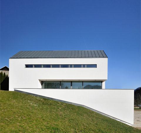 modern-farm-house-suha-2