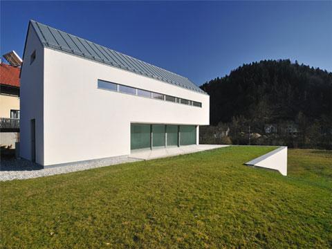 modern-farm-house-suha-3