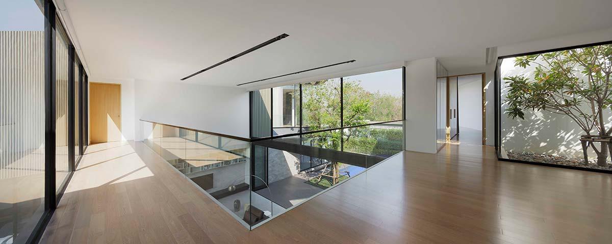 modern home 3 families top aad - Aluminium House