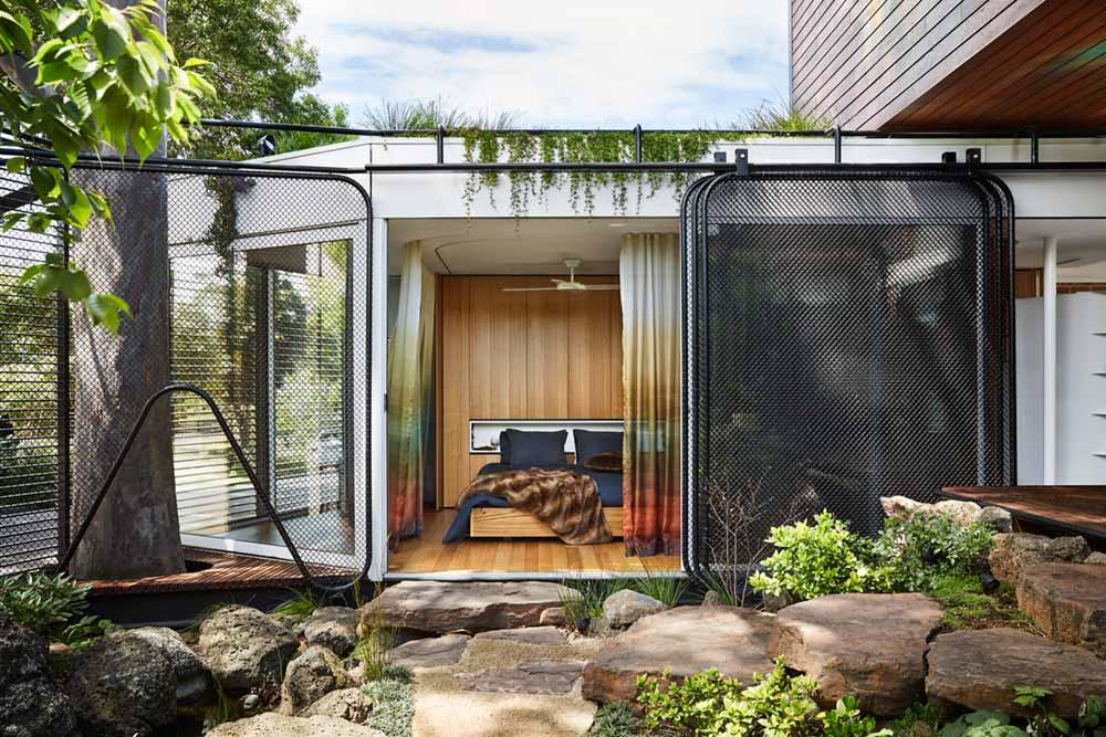 modern home bedroom - Kiah House
