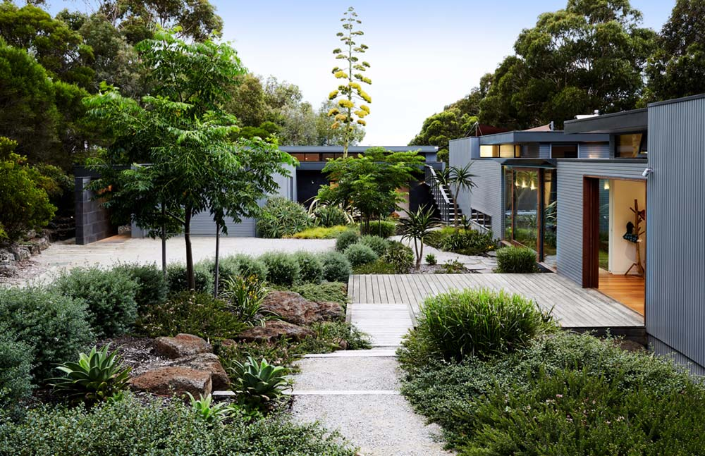 modern home coastal garden design - Shoreham House