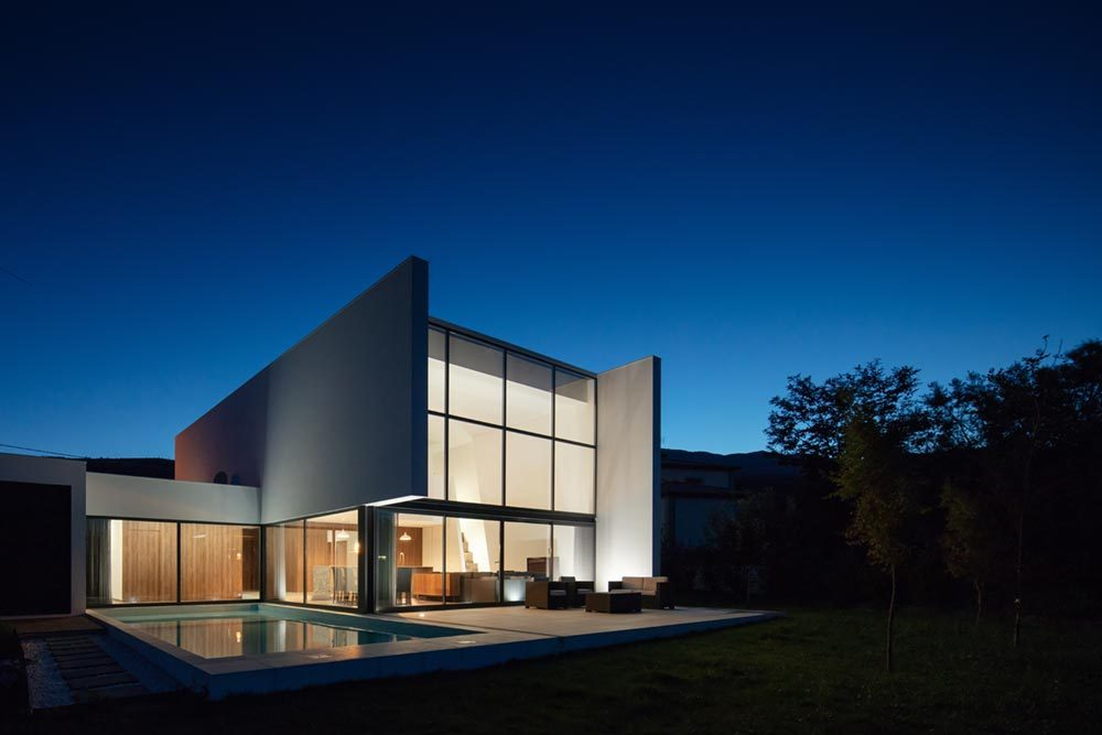 modern home design exterior tva 1000x667 - Gafarim House