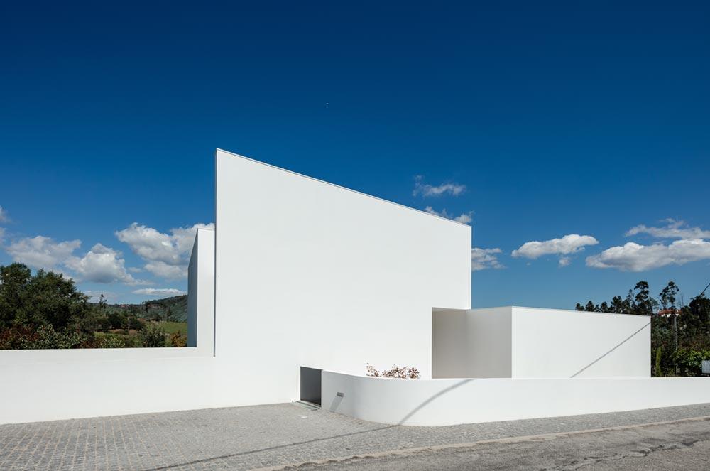 modern home design facade tva - Gafarim House