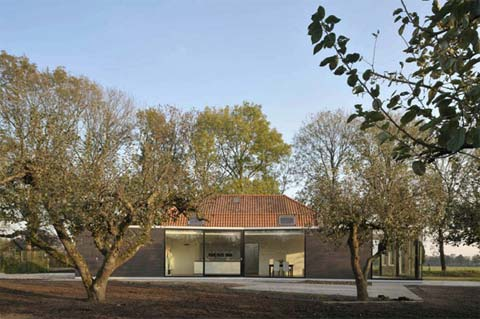 modern-home-extension-acht52