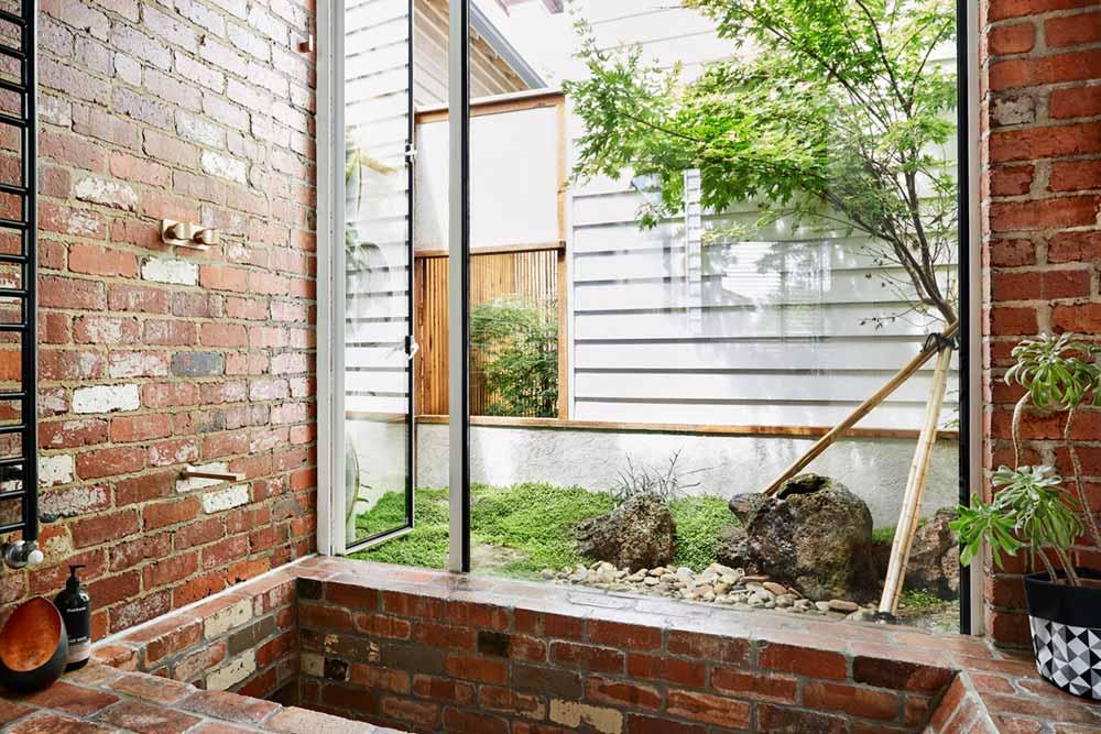 modern home sunken bath - Kiah House