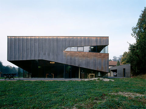 modern-house-austria-12