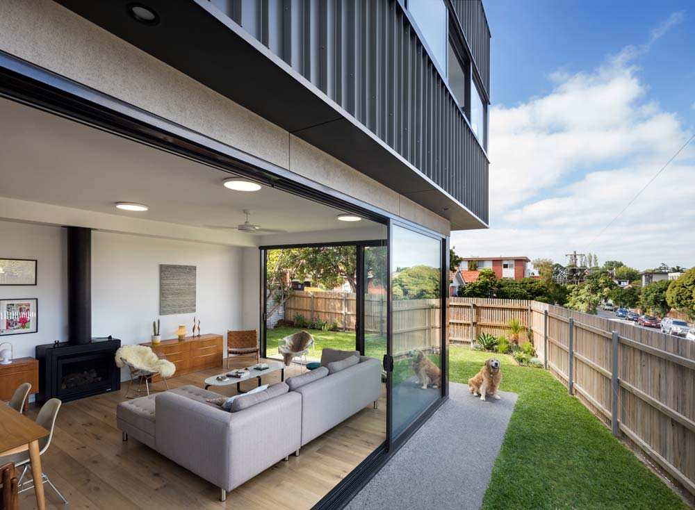 modern house backyard design ja - St Kilda East Townhouses