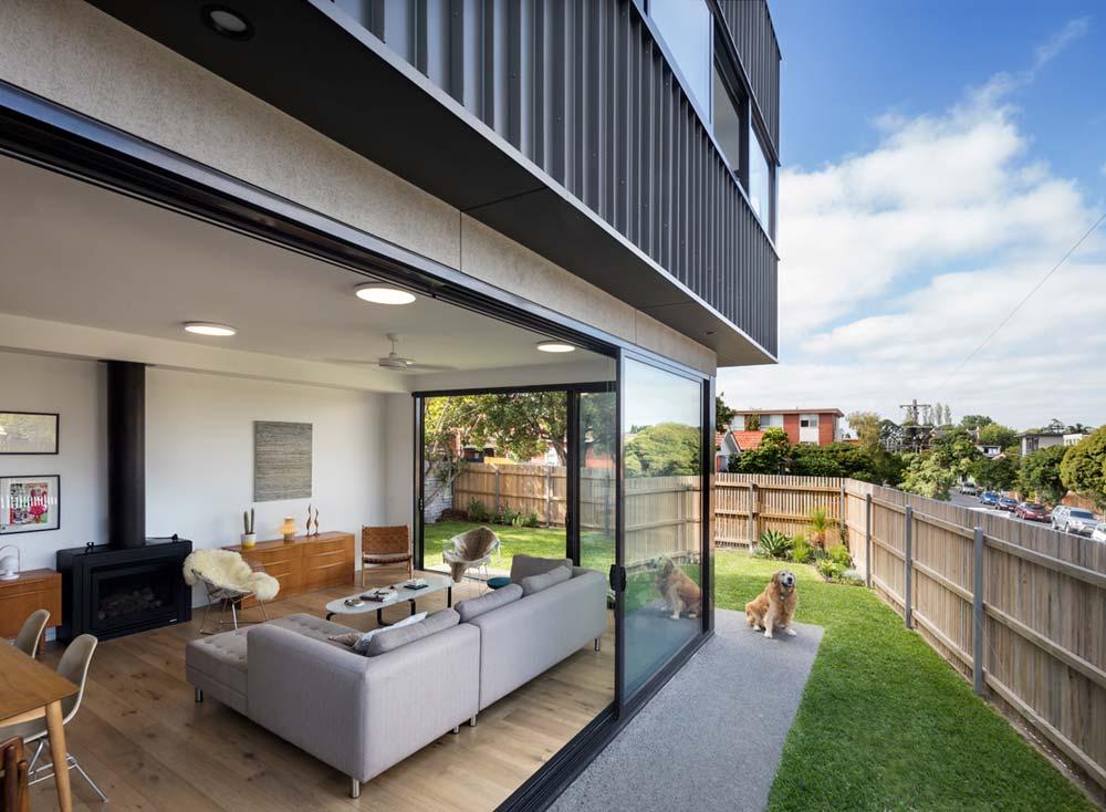 modern house backyard design ja - St Kilda East Townhouses