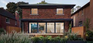 modern house backyard pergola 300x140 - Courcelette Residence