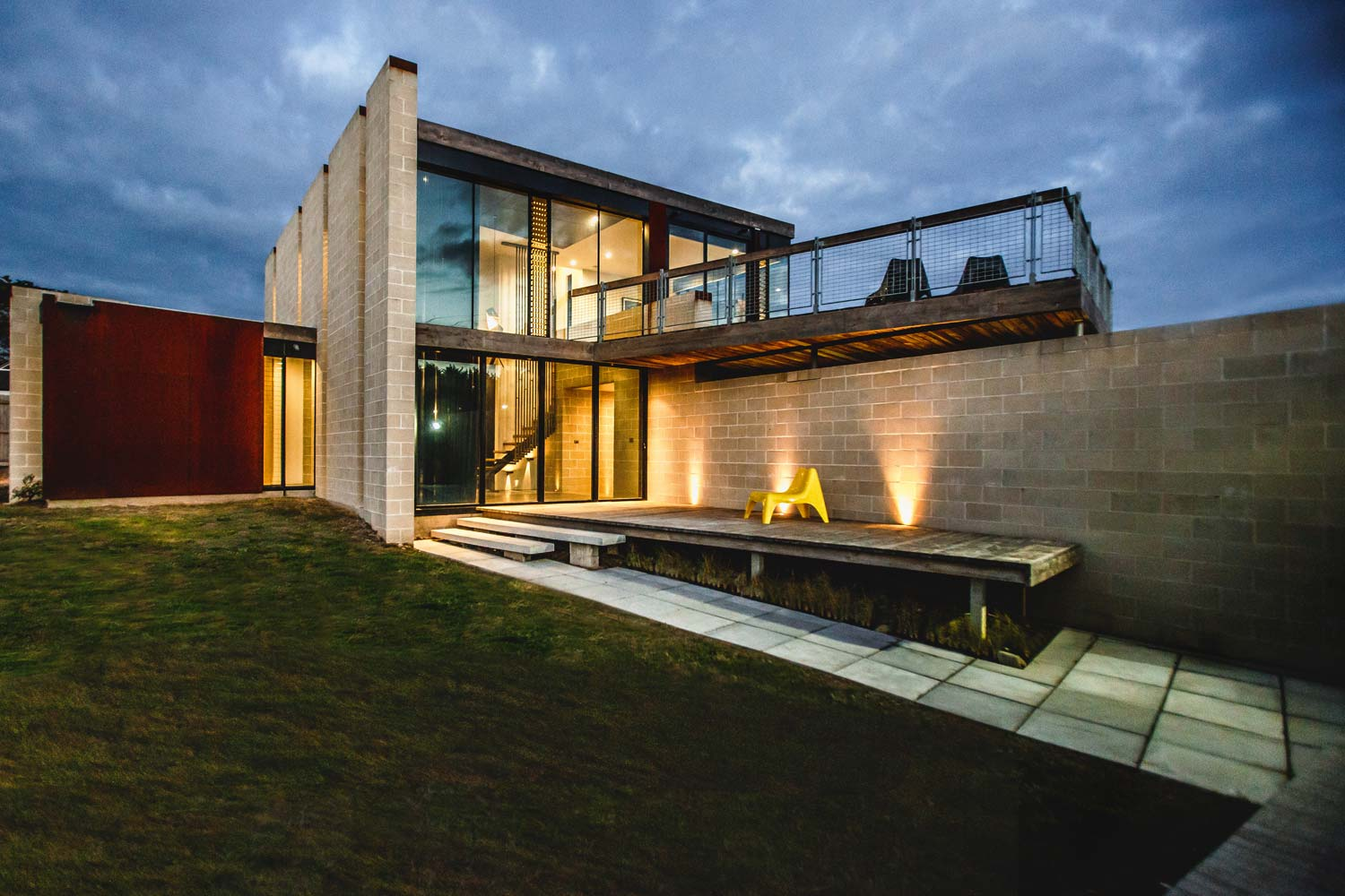 Bridge House Modern Architecture