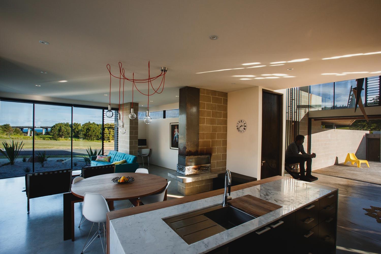 modern-house-bridge-bsa11