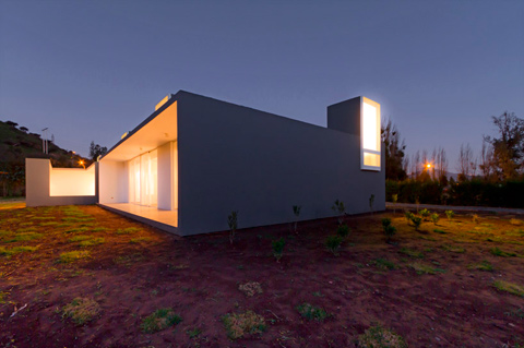 modern-house-chile-lcrns-04