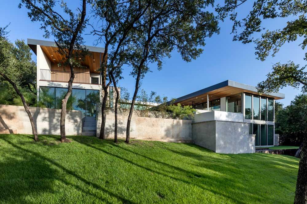 modern house courtyard mf10 - [Bracketed Space] House