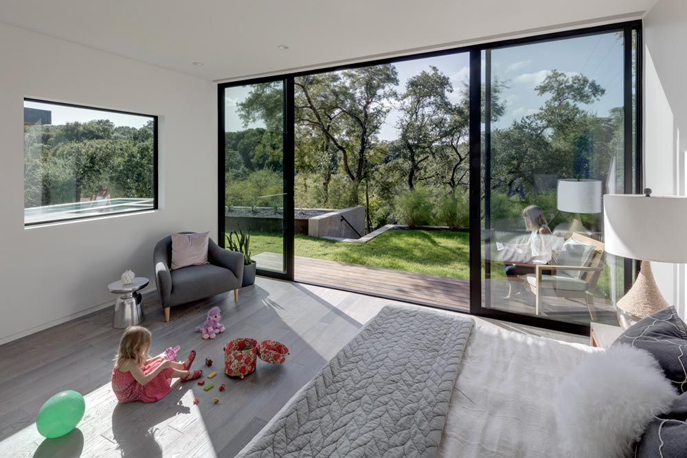 modern house courtyard mf7 - [Bracketed Space] House