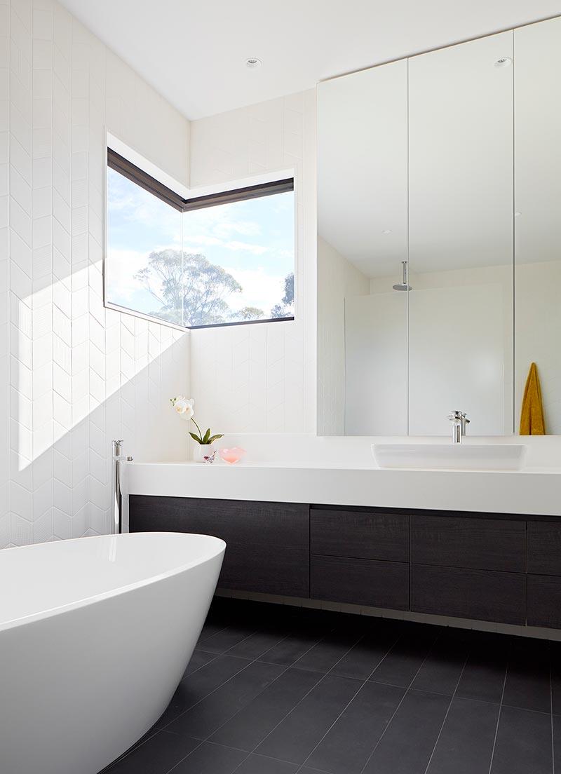 modern house design bathroom sb - Treetops House