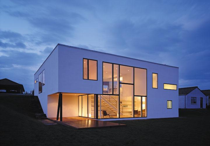 modern house design cebra - Delta House