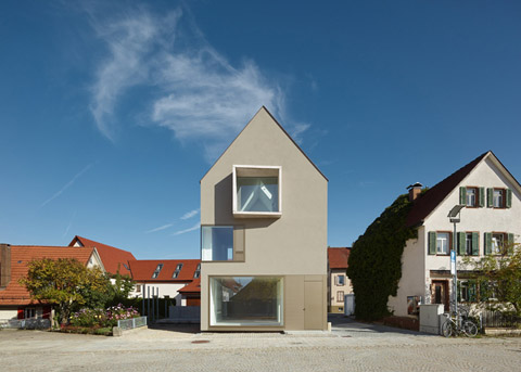 Haus E17: Completing A Medieval Square - Modern Architecture