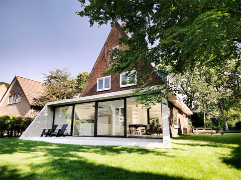 modern-house-extension-sh