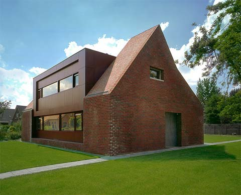 House Hanendick Traditionally Modern Modern Architecture