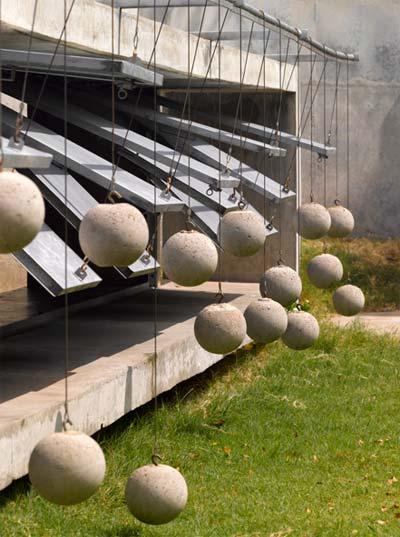 modern-house-india-balls-4