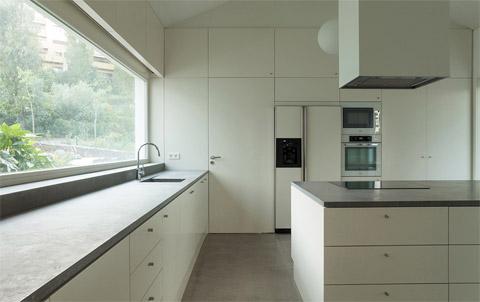 modern-house-portugal-bls10